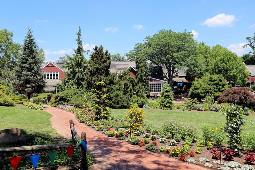Summer Fun, Food, and Shopping at Peddler's Village